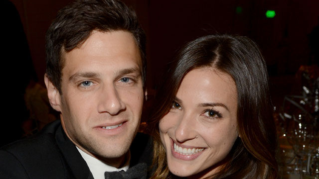 News video: Justin Bartha and Lia Smith are Engaged!