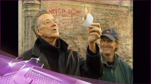 News video: Entertainment News Pop: Ray Manzarek Tributes Pour in After His Death